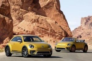 Eigenständiges Offroad-Design, erhöhte Bodenfreiheit und neue Farben sorgen für mehr Individualität. Der Beetle Dune debütiert als Coupé und Cabriolet.