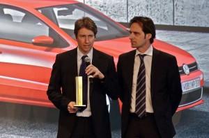 """Verleihung des """"iF product design award 2010"""" am 02.03.2010. Auszeichnung des Volkswagen Polo mit dem iF Award in """"Gold"""" in der Kategorie """"Fahrzeuge"""" (die Volkswagen-Designer Urs Rahmel, links, und Gustav Hofmann nahmen den Preis entgegen)"""
