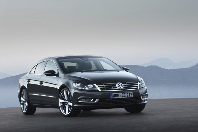 Limousine im Stile eines Sportwagens: Europapremiere des neuen Volkswagen CC in Bologna