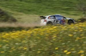 Knappe Führung für Volkswagen Pilot Sébastien Ogier in Portugal