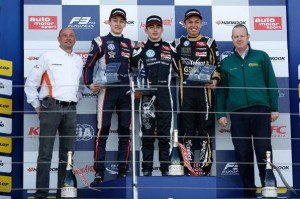 George Russell (GB), Charles Leclerc (MC), Alexander Albon (T)