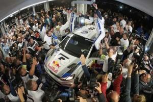 Ogier/Ingrassia gewinnen im Volkswagen Polo R WRC die Rallye-WM