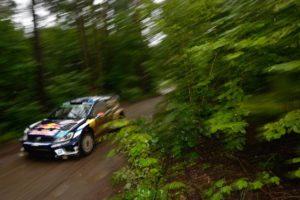 Jari-Matti Latvala/Miikka Anttila (FIN/FIN), Volkswagen Polo R WRC | Foto: Roeseler